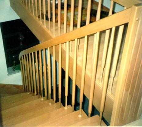 Treppe mit Brüstung